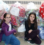 'Tis the season: Glenview PS shows holiday spirit