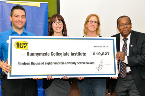 Runnymede CI receives STEM-sational tech grant