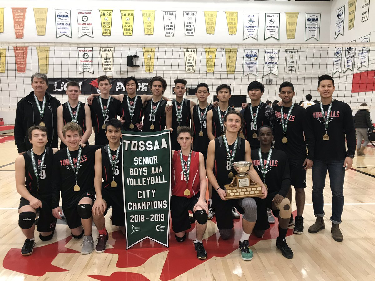 Congratulations to York Mills CI for winning the 2018-2019 Senior Boys AAA Volleyball City Championship! To see more photos, visit the Photo Gallery.